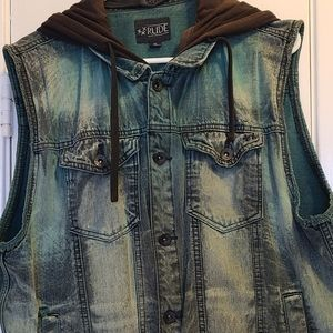 Jean jacket with removable hood